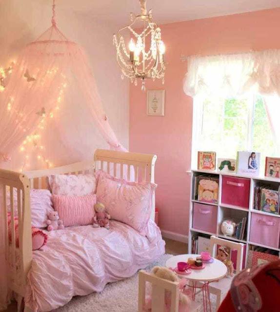 غرف نوم بنات صغار وردية