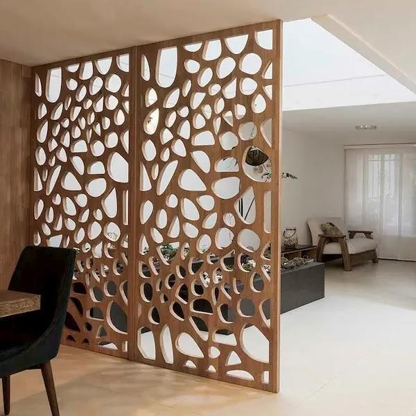 فواصل جدران خشبية