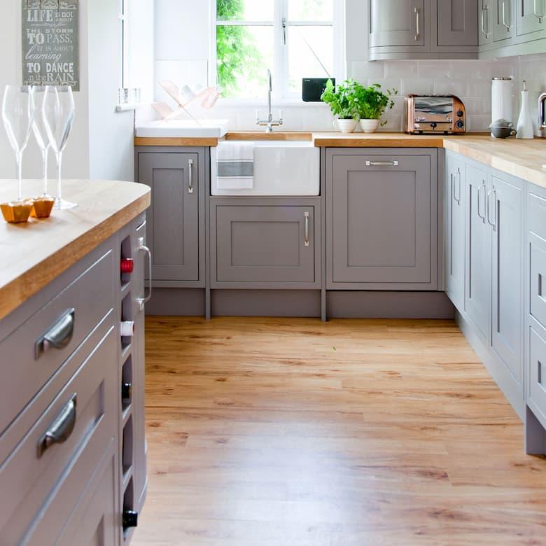 ارضية خشب مطبخ